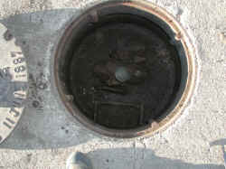 6th-manhole open.JPG (719593 bytes)
